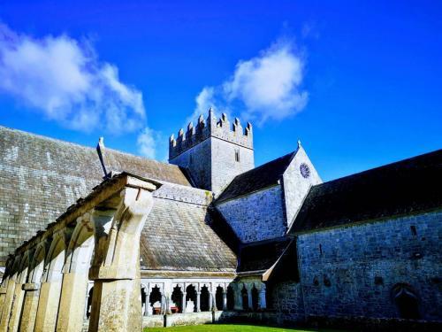 Holycross Abbey